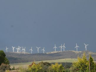 Windfarm at Bungendore NSW by Brian McNamara ex flickr. https://www.flickr.com/photos/rarebeasts/